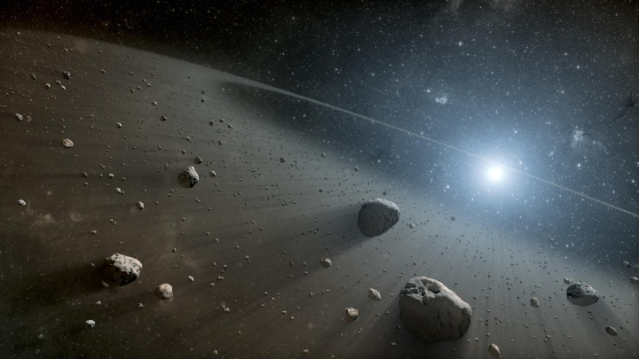 00space-telescopes-find-asteroid-belt-around-vega-similar-to-our-own-2